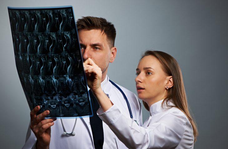 Что лучше — МРТ или КТ позвоночника